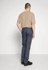 Burton Menswear London - SLIM TEXTYRED - Pantaloni eleganti - blue - 2