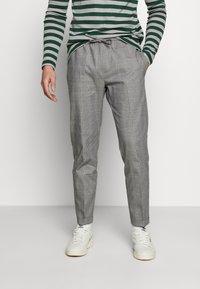 Burton Menswear London - SLIM CHECK FRONT PLEAT ELASTICATED - Kalhoty - grey - 0