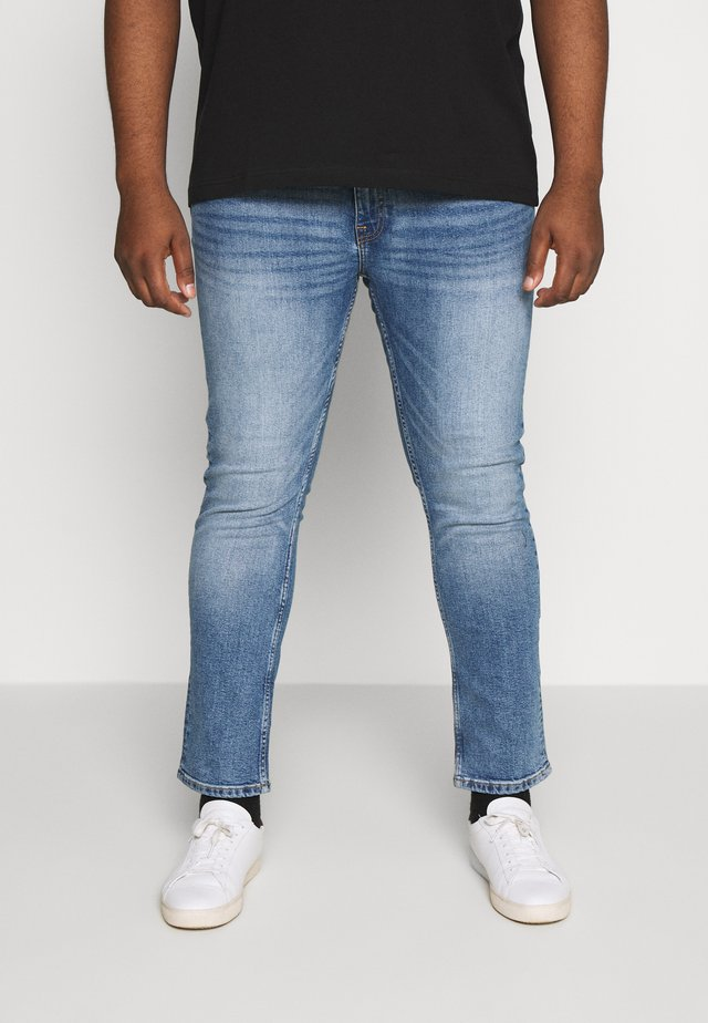 BIG TOTTENHAM - Džíny Slim Fit - light blue