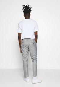 Burton Menswear London - Pantaloni - grey - 2