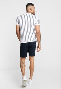 Burton Menswear London - NEW CASUAL - Szorty - navy - 2