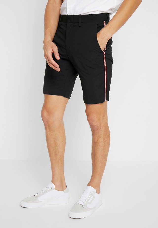 SMART TECH - Shorts - black