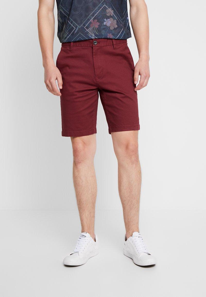 Burton Menswear London - SUMERBURG - Shorts - burgundy