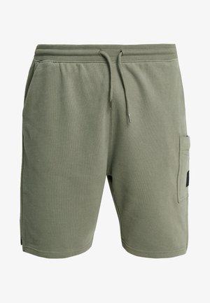 STADIUM - Shorts - khaki/olive