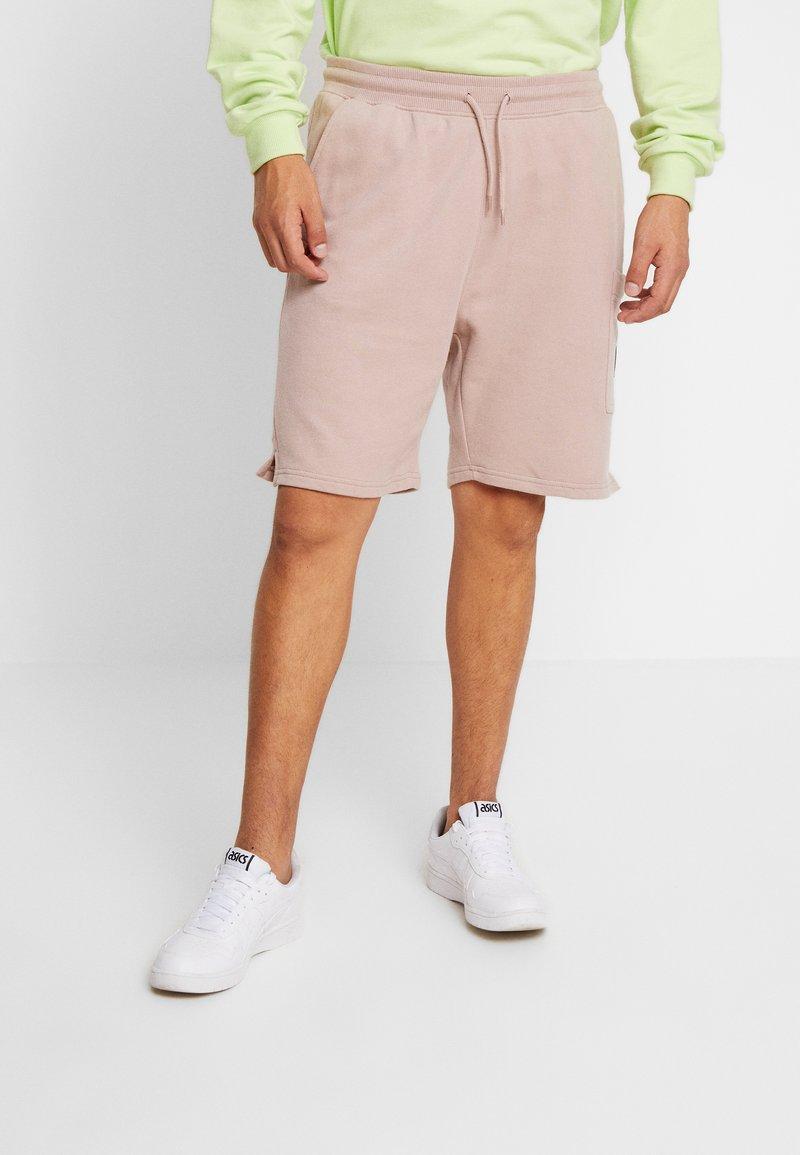 Burton Menswear London - STADIUM - Shorts - pink