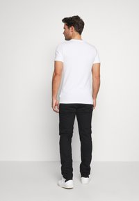 Burton Menswear London - Džíny Slim Fit - black - 2