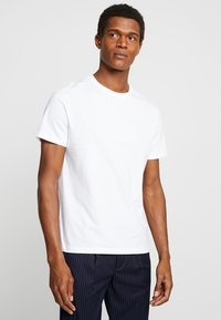 Burton Menswear London - BASIC CREW 7 PACK - Jednoduché triko - white/grey/navy - 2