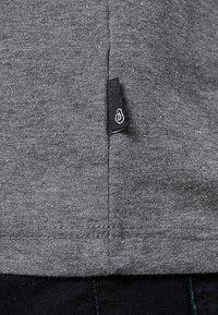 Burton Menswear London - BASIC CREW 7 PACK - T-shirt basic - black/white/grey - 4