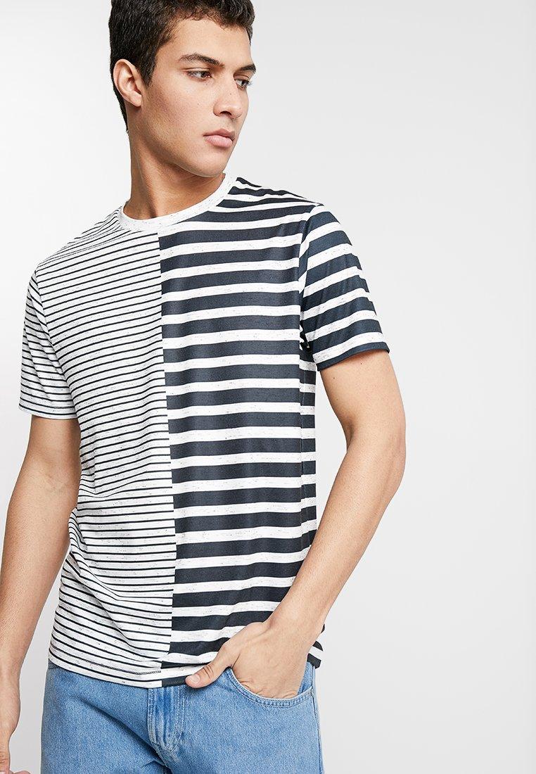 Burton Menswear London - STRIPE SPLICE - T-Shirt print - neutral
