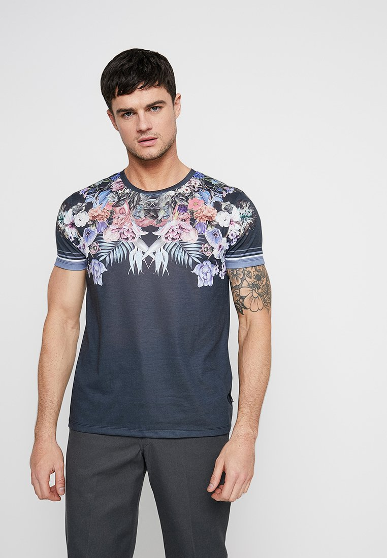 Burton Menswear London - YOKE FLORAL - Camiseta estampada - black