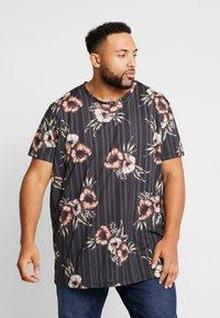 Burton Menswear London - FLORAL STRIPE - Print T-shirt - black - 0