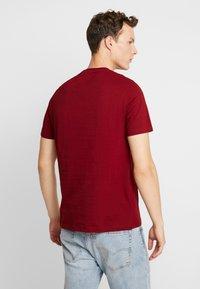 Burton Menswear London - BASIC CREW 5 PACK - T-shirt - bas - white - 3