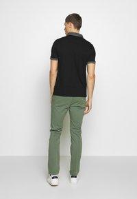 Burton Menswear London - 2 PACK - Polo shirt - white - 3