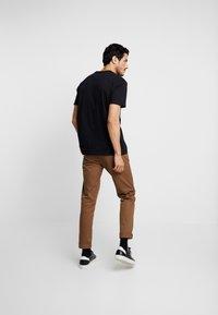 Burton Menswear London - SPLICE TEE - T-shirts med print - grey - 2
