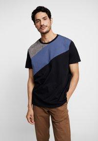 Burton Menswear London - SPLICE TEE - T-shirts med print - grey - 0