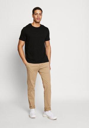 3PACK - Basic T-shirt - black/charcoal/burgundy