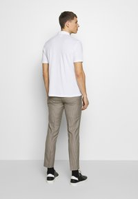 Burton Menswear London - 2 PACK - Triko spotiskem - white - 3