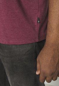 Burton Menswear London - 3 PACK - Basic T-shirt - black - 6