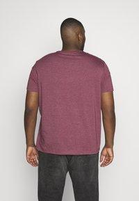 Burton Menswear London - 3 PACK - Basic T-shirt - black - 2
