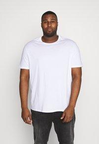 Burton Menswear London - 7 PACK - T-shirts - navy - 1