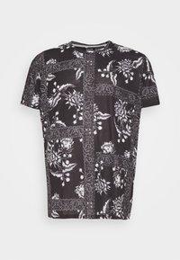 Burton Menswear London - BANDANA FLORAL PLACEMENT TEE - Print T-shirt - black - 4