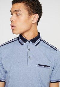 Burton Menswear London - OVERARM STRIPE - Polotričko - blue - 4