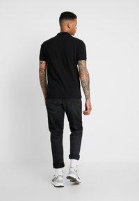 Burton Menswear London - STADIUM WAFFLE BADGE - Piké - black - 2