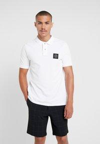 Burton Menswear London - STADIUM WAFFLE BADGE - Polo shirt - white - 0