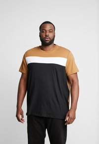 Burton Menswear London - CARA TEE  - Triko s potiskem - brown - 0