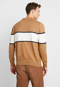 Burton Menswear London - BERNERS POLO - Jumper - natural