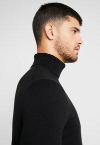 Burton Menswear London - CORE ROLL - Stickad tröja - black - 5