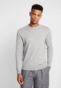 Burton Menswear London - CORE CREW  - Jersey de punto - grey - 0