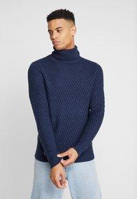 Burton Menswear London - KEGAN ROLL NAVY - Jumper - navy - 0