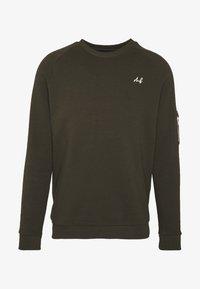Burton Menswear London - COLLECTION UTILITY CREW - Mikina - khaki - 3