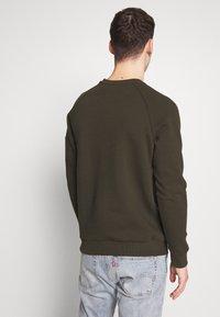 Burton Menswear London - COLLECTION UTILITY CREW - Mikina - khaki - 2
