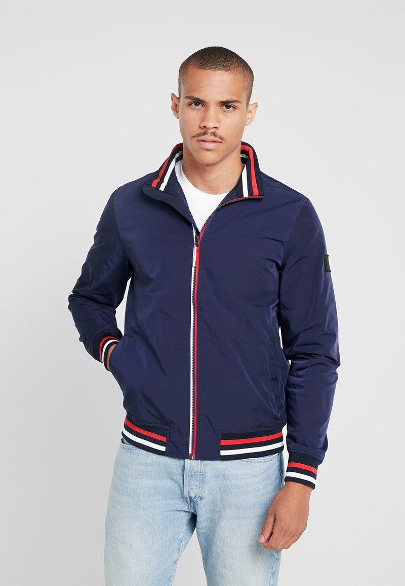 Burton Menswear London - ZIP HARRINGTON - Chaqueta fina - navy