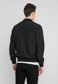 Burton Menswear London - CORE ALL - Blouson Bomber - black - 2