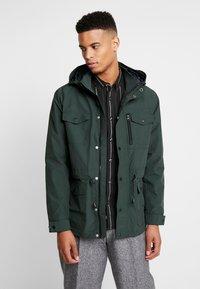 Burton Menswear London - NAVY LIGHTWEIGHT  - Parka - khaki - 0