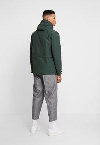 Burton Menswear London - NAVY LIGHTWEIGHT  - Parka - khaki - 2