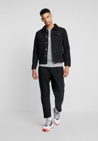 Burton Menswear London - BORG - Džínová bunda - black - 1