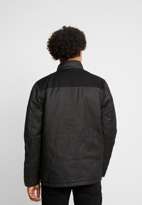 Burton Menswear London - WAX POCKET - Välikausitakki - black - 2