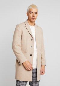 Burton Menswear London - OATMARL  - Mantel - tan - 0