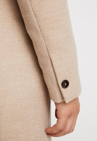 Burton Menswear London - OATMARL  - Mantel - tan - 3