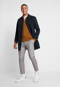 Burton Menswear London - CORE INET - Short coat - navy - 1