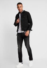 Burton Menswear London - Jeansjakke - black - 1
