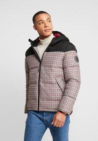 Burton Menswear London - MINI CHECK ENZO - Winterjas - red - 0