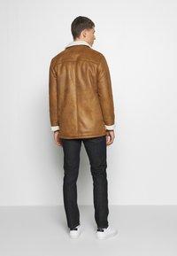 Burton Menswear London - DELBOY  - Faux leather jacket - brown - 2