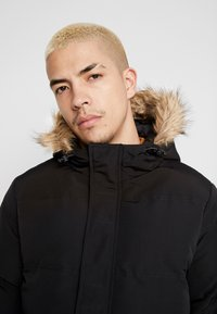 Burton Menswear London - BLACK ROGUE PARKA - Parkatakki - black - 5