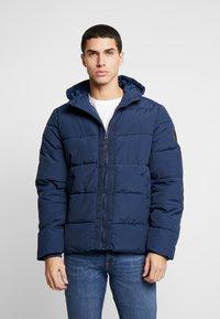 Burton Menswear London - RICH ASPEN PUFFER - Vinterjacka - blue - 0
