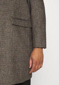 Burton Menswear London - Zimní kabát - brown - 6